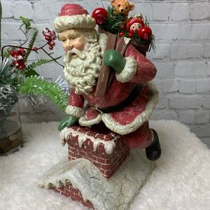 Crackle Santa at Chimney